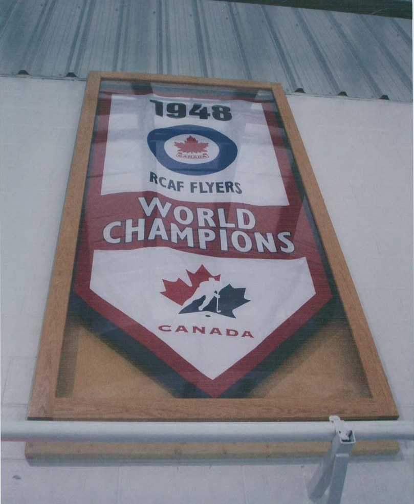 Photo: Hockey Canada Banner in Honor of 1948 RCAF Flyers at CFB Trenton