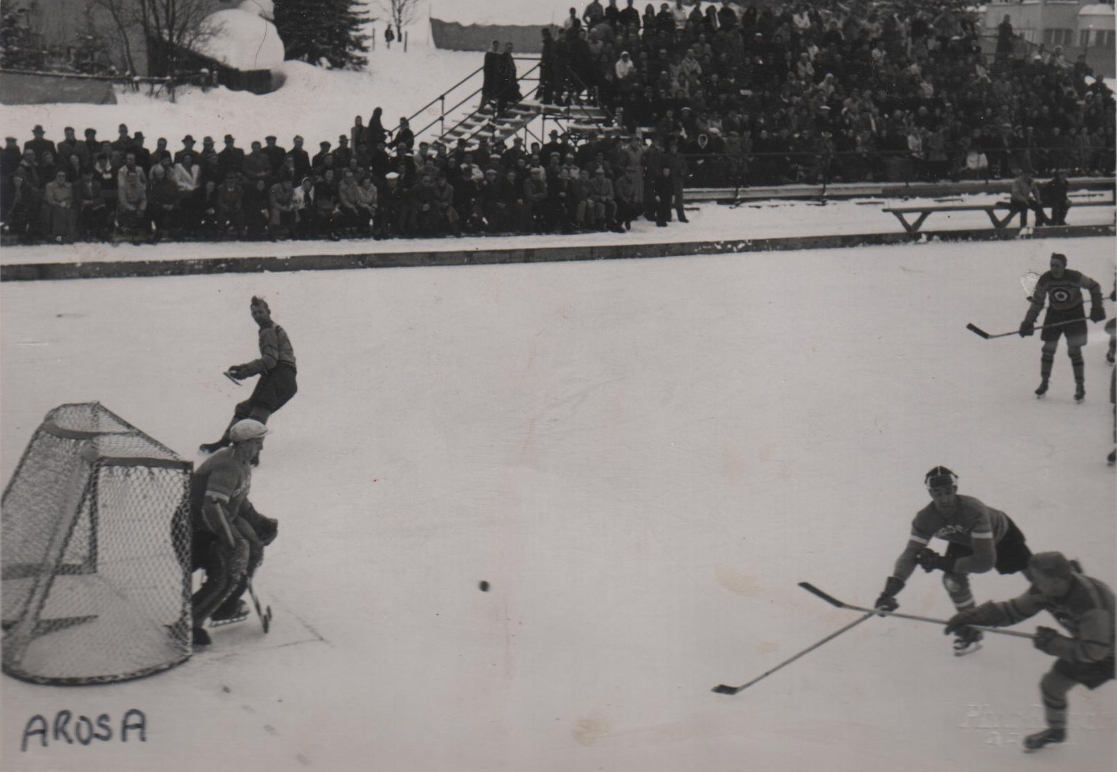 Photo 4: RCAF Flyers vs  EHC Arosa   at Arosa, Graubunden, Switzerland
