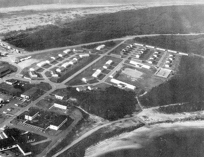 Photo: RCAF Moisie Aerial View C