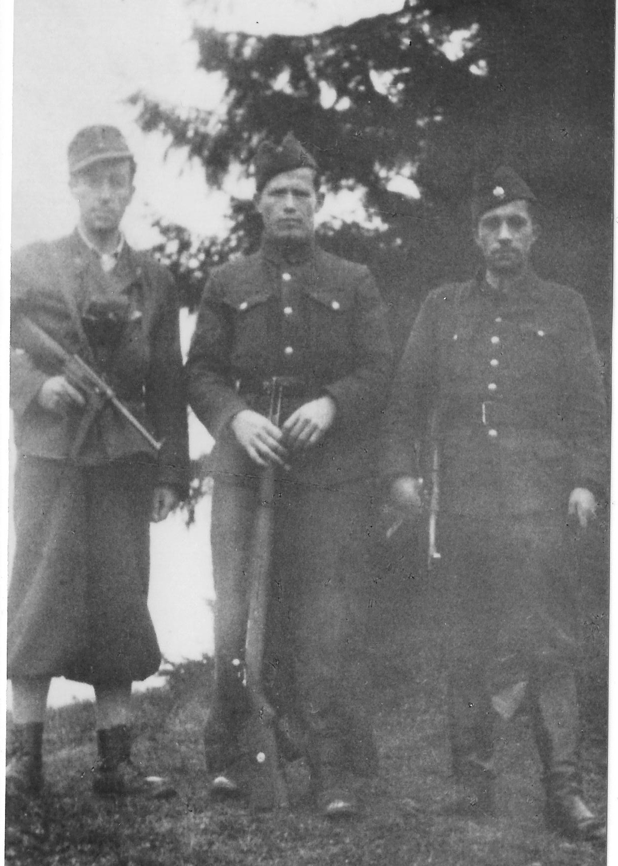 Photo:   Adam Hubiszta ps Łoś, Władysław Kępa  ps Ferdek and Jósef Sojka  ps Soika in 1944