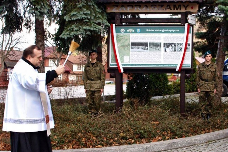 Image of Tymbark tourist-educational historical trail commemorating  the Polish Home Army  clandestine activities in 1939-1945 -opening Ceremonies 3