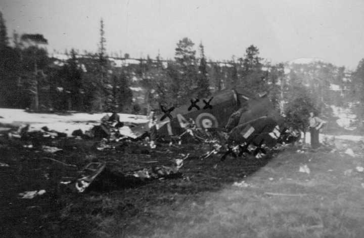 PHOTO at Stjordal Norway crash site. W/C Bennett and crew safe after 28Apr42 crash.