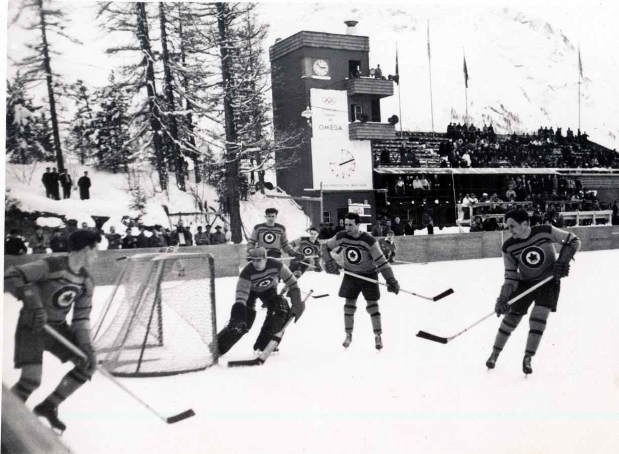 Photo: RCAF Flyer Olympic Game vs Sweden 2