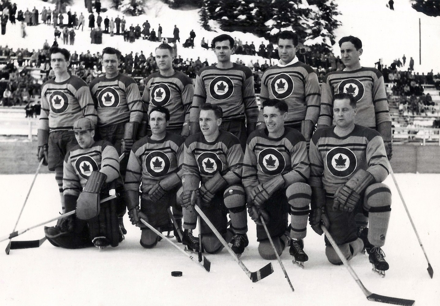 Photo: RCAF Flyers Opening Game Pre Game Photo 1948 Olympics