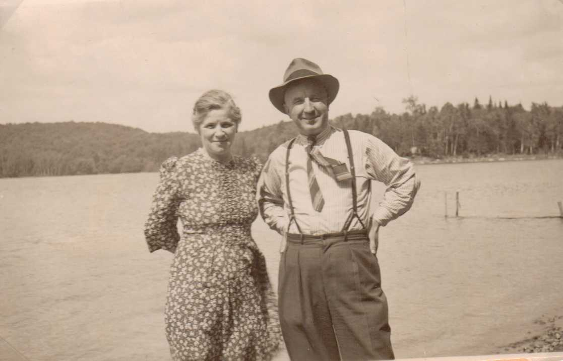 PHOTO of Laura and Alfred Brooks