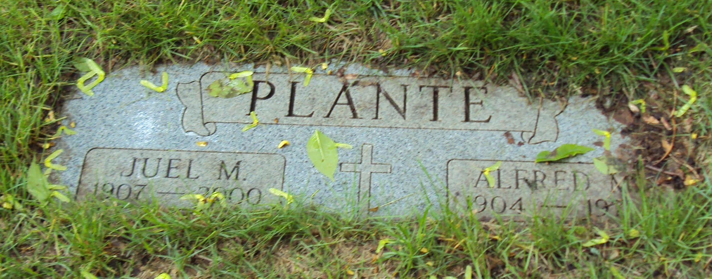Grave Site of Juel and Alfred Montrose Plante