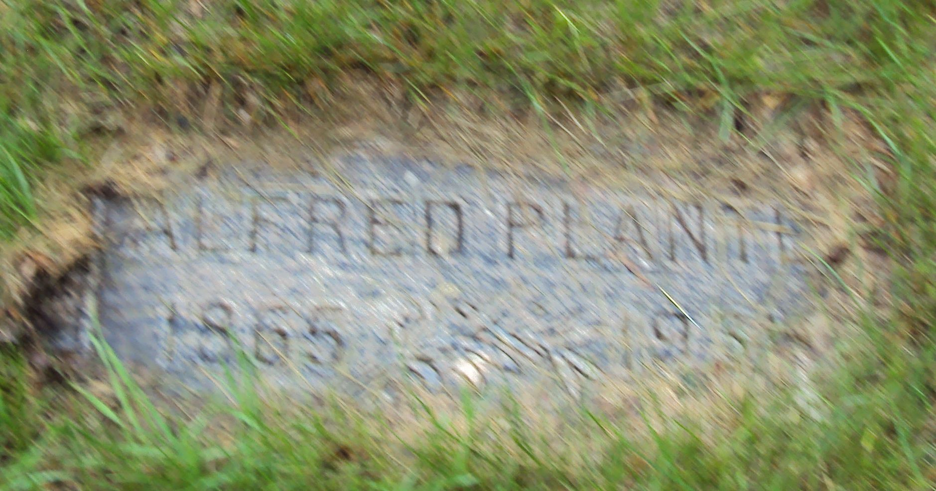 "Grave Site of Alfred ""Freddy"" Plante"