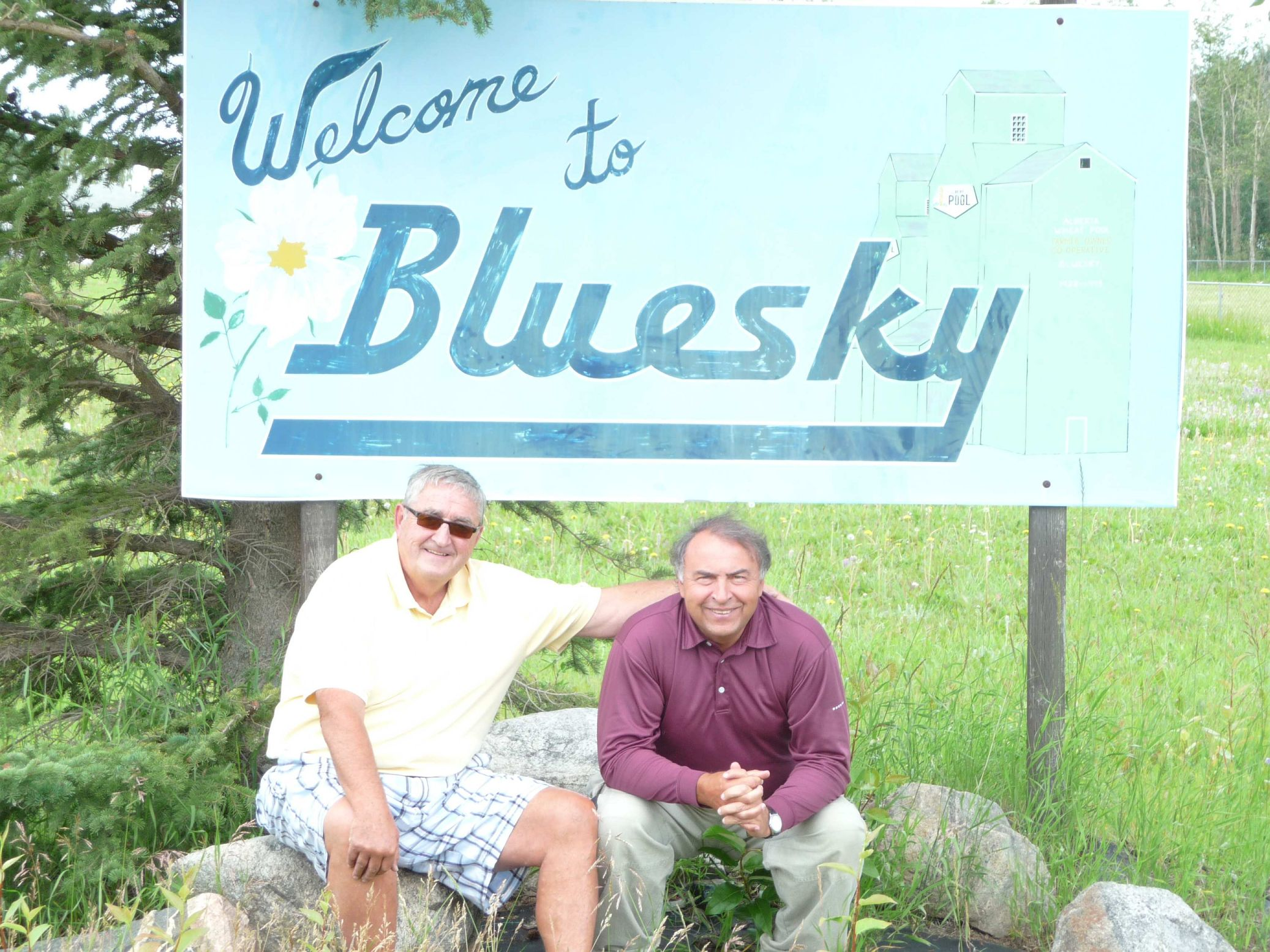 Phil and Ralf at the Entrance to New Bluesky July 2011